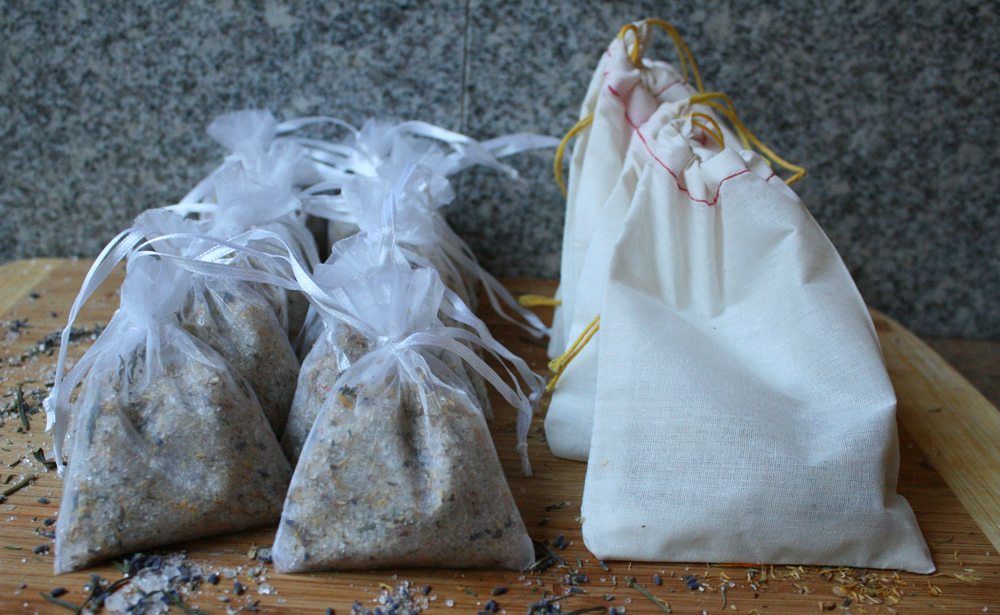 Gifting Ideas: How to make Herbal Bath Salts @ WhollyRooted.com